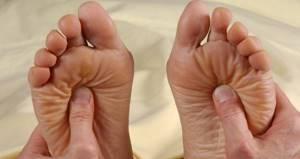 Как делать самомассаж ног: виды и польза процедуры, правила и последовательность действий, расположение рефлекторных зон и лучшее время для воздействия