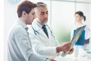 Какие компрессы при артрозе коленного сустава нужно делать: виды, преимущества использования народных методик, рецепты, отзывы пациентов
