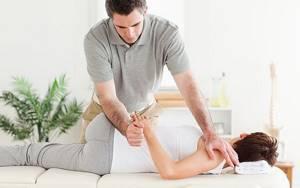 Остеоартрит: симптоматика и причины развития болезни, способы диагностики, медикаментозное лечение и физиотерапия, польза массажа