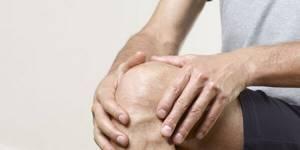 Бурсит коленного сустава: признаки и причины патологии, описание недуга и способы терапии, методы диагностики и прогноз на выздоровление