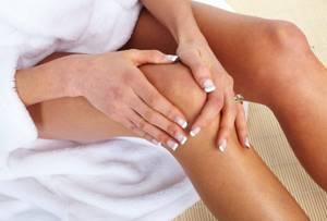 Лечение суставов фольгой: проведения сеанса, показания и противопоказания к применению, особенность методики и принцип работы