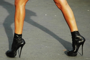 Вальгусная деформация коленных суставов с фото: причины и симптомы, диагностика и 4 методики лечения, возможные осложнения