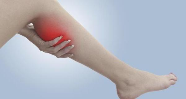 Мази от судорог в ногах: обзор эффективных аптечных препаратов и рецепты приготовления народных средств в домашних условиях, рекомендации по применению лекарств