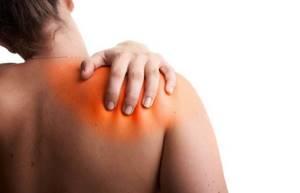 Методика массажа при плечелопаточном периартрите: формы заболевания, распространенные лечебные техники, дополнительная терапия, показания и противопоказания