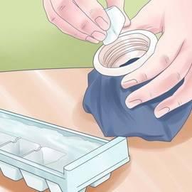 Сколько держать холод при ушибе и как его накладывать: показания к холодным компрессам, способы проведения процедур и меры предосторожности при использовании льда