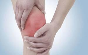 Тендинит коленного сустава: причины и факторы развития болезни, стадии заболевания и его диагностика, консервативные и оперативные методы терапии