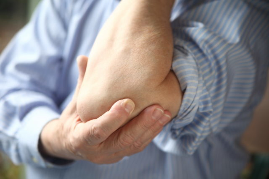 Болезнь Стилла у взрослых: неспецифические противовоспалительные препараты и базисная терапия заболевания, признаки и причины патологии, прогноз и профилактика