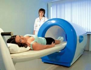 Физиотерапия при лечении подагры: разновидности методик, их особенности и принципы работы, показания и противопоказания к назначению, отзывы о результатах лечения