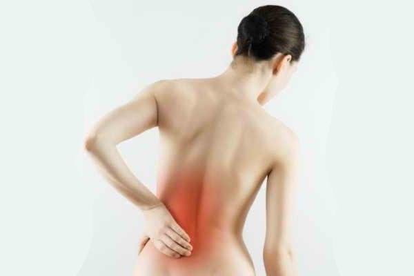 Боль в крестце: возможные заболевания и клиническая картина, рекомендованные методы лечения и профилактики, способы обезболивания и диагностические способы