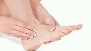 Судороги в ногах при беременности: самые частые причины, первая помощь, лечение и профилактика