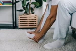 Боль в пятке по утрам или после отдыха: признаки и клиническая картина патологии, характер болевых ощущений и способы решения проблемы, методы терапии