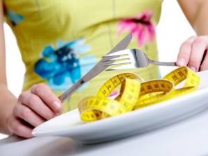 Лечение подагры с помощью голода: проведение, особенности подготовки, правила выхода, показания и противопоказания, рекомендации диетологов