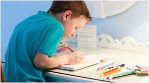 Нарушение осанки у детей: возможные симптомы и риски, классификация заболевания и способы решения проблемы, терапия в домашних условиях, комплекс простых и доступных упражнений