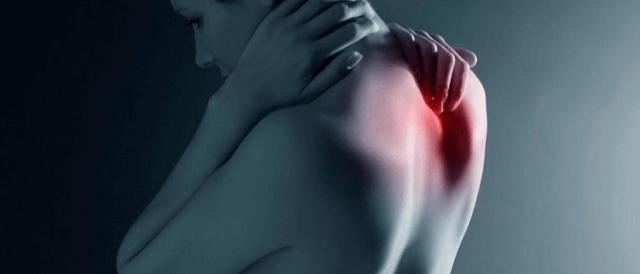 Дорсопатия грудного отдела позвоночника: что это такое, симптоматика и причины патологии, методы терапии и профилактика, польза физиопроцедур и ЛФК в борьбе с недугом