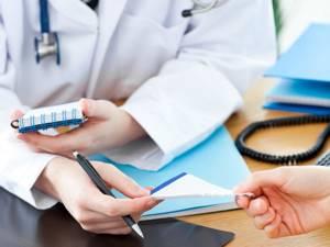 МРТ тазобедренного сустава: показания и противопоказания к диагностике, подготовка и механизм проведения обследования, допустимая частота и стоимость процедуры