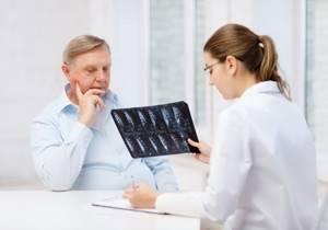 Лечение грыжи позвоночника гомеопатическими препаратами: преимущества альтернативных средств официальной медицине и народным методикам, отзывы и рекомендации врачей