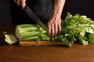 Применение сельдерея для суставов: состав, полезные свойства, пищевая ценность, рецепты для терапии и отзывы о результатах