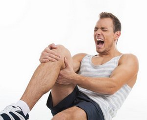 Болят колени после велосипеда: особенности болей и их устранение, методики лечения и способы профилактики, правила тренировок и использование защиты