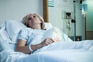 Эндоскопическое удаление грыжи позвоночника: показания к операции и реабилитационный период, притивопоказания и подготовка к процедуре, преимущества и недостатки
