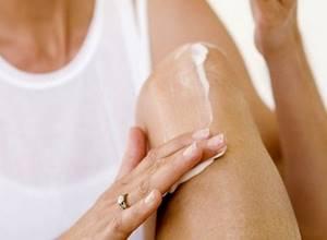 Мази от боли в суставах ног: описание действенных средств, как правильно выбирать, особенности применения, правила нанесения и отзывы пациентов