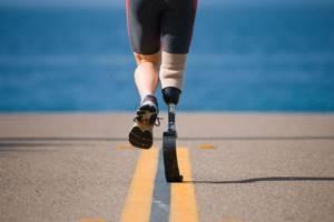 Протез ноги: правила и процедура получения, разновидности и технологии протезирования, этапы установки