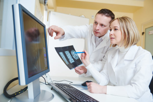 КТ шейного отдела позвоночника: цели исследования, показания и противопоказания к процедуре, подготовка и механизм проведения диагностики, стоимость методики