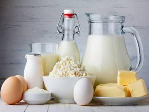 Как принимать яичную скорлупу при остеопорозе костей: польза и вред от употребления, противопоказания и возможные осложнения, правила приготовления и рецепты