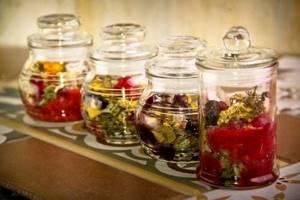 Способы применения крапивы для лечения подагры: лечебные свойства растения, рецепты народных средств и схема их использования, важные советы и рекомендации