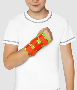 Как выбрать бандаж на лучезапястный сустав руки: виды и особенности использования, когда рекомендуется его использование, производители, лучшие варианты фиксаторов
