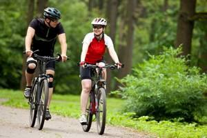 Бег и другой спорт при артрозе коленного сустава: рекомендованные физические нагрузки для лечения и профилактики, комплексный подход к выполнению ЛФК и противопоказания