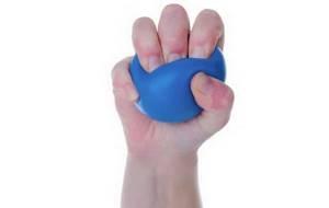 Немеет средний палец: физиологические и патологические причины онемения, современные и народные методы лечения, профилактические мероприятия