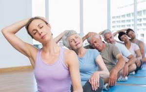 Упражнения при остеохондрозе грудного отдела позвоночника: польза лечебной физкультуры, правила тренировок и примеры движений, эффективные комплексы