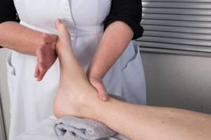 Физиотерапия при переломах: основные этапы и принципы лечения, какие процедуры назначают, противопоказания, эффективность и правила проведения