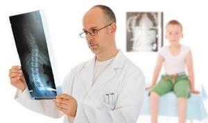 Рентген локтевого сустава: описание особенностей процедуры, противопоказания, показания и методы проведения, результаты лучевой диагностики и другие методы исследования