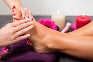 Лечение косточки на большом пальце ноги в домашних условиях: народные рецепты и ортопедические наборы, массаж иупражнения, противопоказания и правила терапии