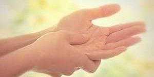 Щелкающий палец (стенозирующий лигаментит): разновидности болезни и причины возникновения патологии, способы терапии и показания к операции