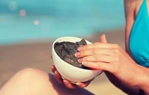 Лечим суставы грязью: лечебные свойства и типы, механизм действия и правила применения, народные рецепты использования и противопоказания