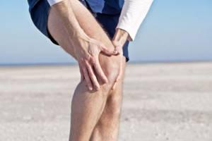 Перелом колена: виды травмы и их различия, причины повреждения и отличительные симптомы, первая помощь и методы лечения, реабилитация и меры профилактики