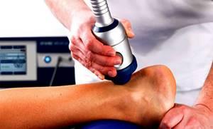 Воспаление голеностопного сустава: причины патологии, специфические симптомы и методы диагностики, лечение препаратами и народными средствами, осложнения и последствия