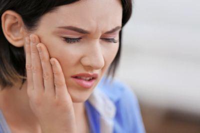 Защемление нерва пахового канала: причины появления неприятных ощущений и методы избавления от патологии, типы боли в зависимости от вида заболевания и особенности терапии
