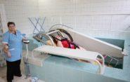 Лечение грыжи позвоночника без операции: медикаментозная терапия и вытяжение позвоночника, особенности применения ЛФК, массажа и физиотерапии, народные рецепты борьбы с болезнью