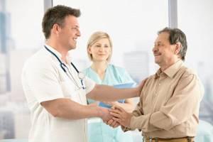 Острый радикулит: причины возникновения приступа, что делать и как снять боль, первая помощь и дальнейшее лечение