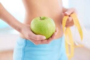 Яблоки и подагра: лечебные свойства фрукта и его влияние на развитие болезни, способы и нормы потребления, полезные рецепты и меры предосторожности
