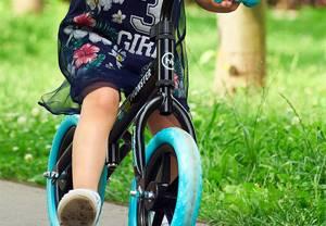 Массаж при вальгусной деформации стопы у детей: основные виды и методы терапии, показания и противопоказания, правила выполнения физических нагрузок, лечебная гимнастика и групповые занятия